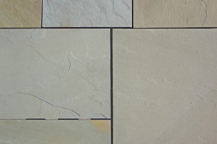 bluestone-off-color-natural-cleft-finish