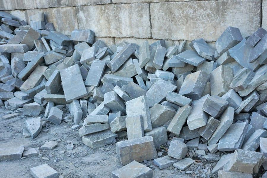 bulk-snapped-bluestone-wall-stone-nj