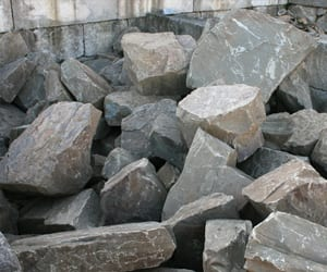 large-wallstone-chunks