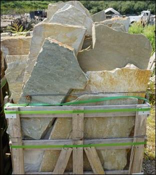 Picture of norwegian buff irregular edge - walkway and patio stone