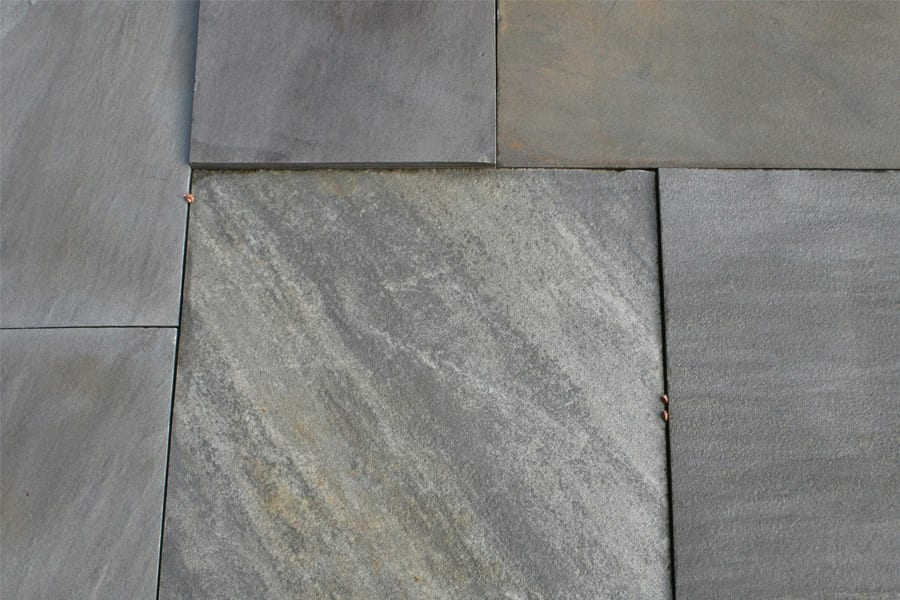 tennessee-crab-orchard-gray-color-walkway-patio-stone