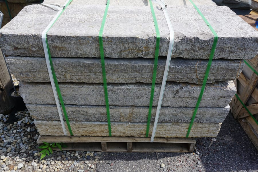 aged-limestone-natural-stone-steps