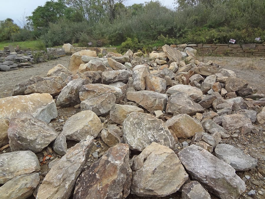 Each of the 6 boulder types we offer is clearly organized. You can pick the exact pieces you want.