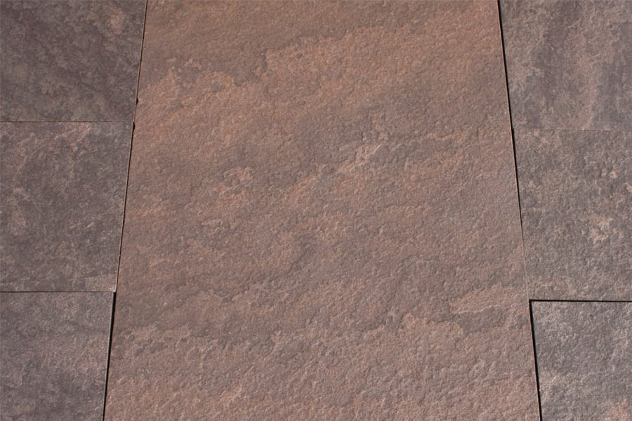 brownstone-pattern-patio-stone-closeup