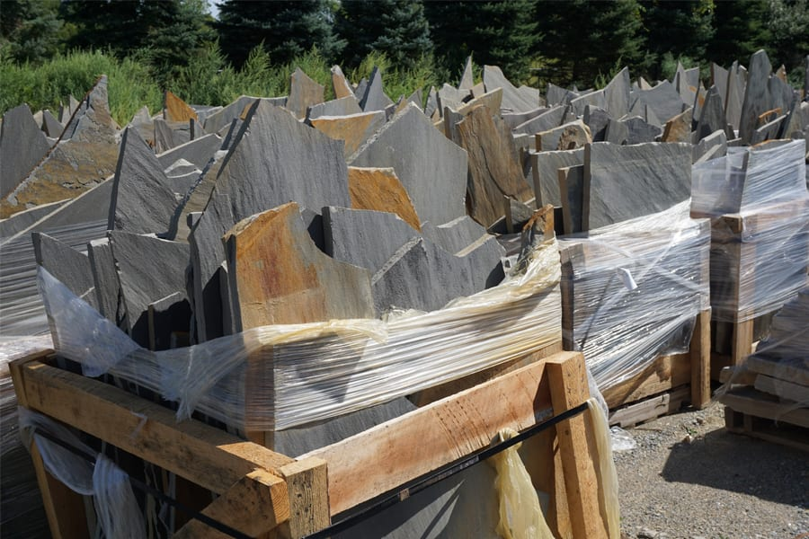 Irregular stone pallets for sale at Wicki Stone