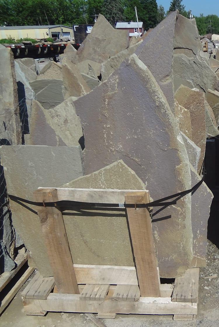 karney-irregular-patio-stone-upright-pallet
