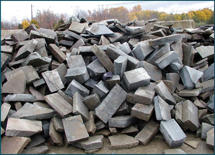 Snapped bluestone is also available in bulk for larger jobs or to round out a smaller job when the pallet runs out.