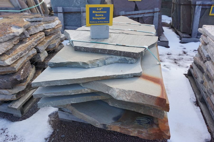 Bluestone-Irregular-Sawn-Thermal-Garden-Path-Stone-Picture