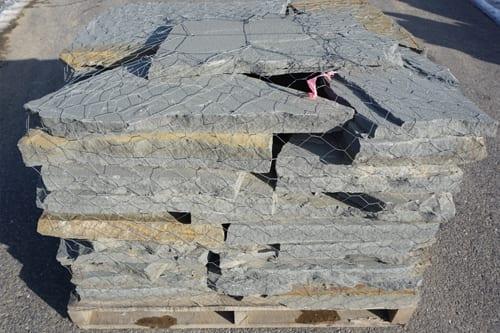 Bluestone-Walkway-Patio-Stone-Irregular