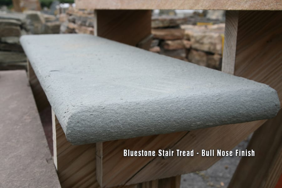 bull-nose-bluestone-stair-tread-close-up-picture