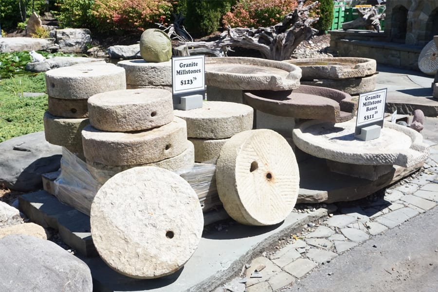 garden-accent-stone