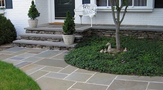 Bluestone-full-range-color-front-walkway-picture