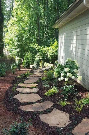 Larger pieces of stepping stone on this garden path