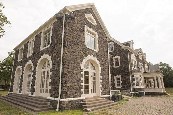 Reclaimed-Stone-NJ-Sample-Historic-Estate